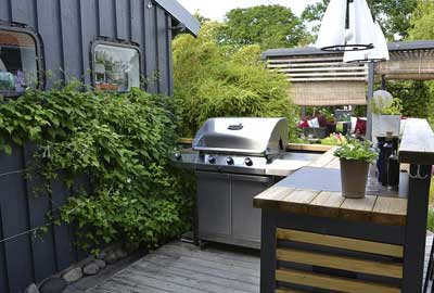 Tips On Outdoor Kitchen With Fireplace Designs