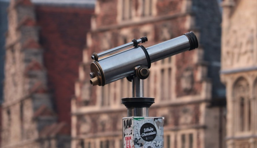 telescope is good gift for student