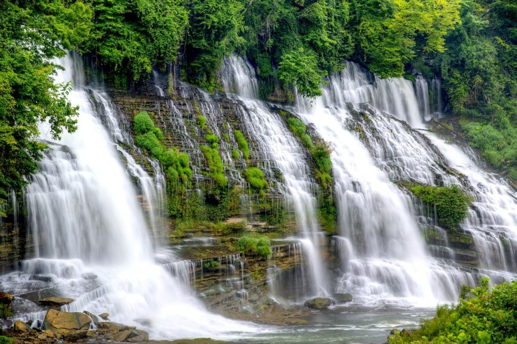 Explore the top 5 attractions in Tennessee